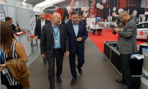 Minister gospodarki z wizytą na Targach Inter Cars